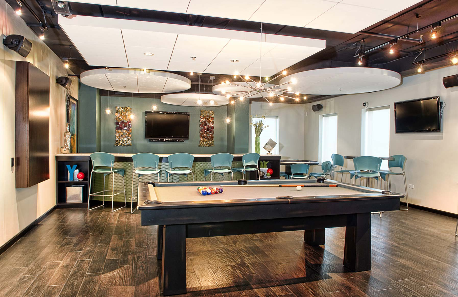 Yorktown Apartment Homes – Lombard, IL – Game Room
